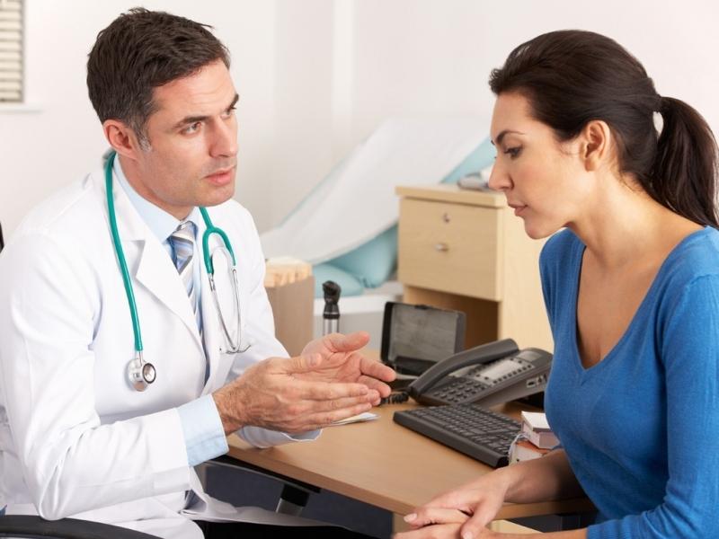 Bạn có thể bị mỡ máu cáo do yếu tố di truyền nên hãy thường xuyên kiểm tra nồng độ cholesterol trong máu